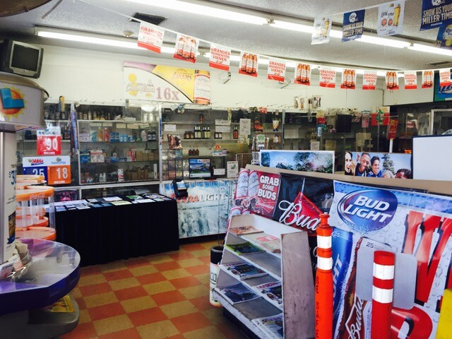 Inside Hank's Mini Mart before the makeover   Courtesy of  Los Angeles Food Policy Council