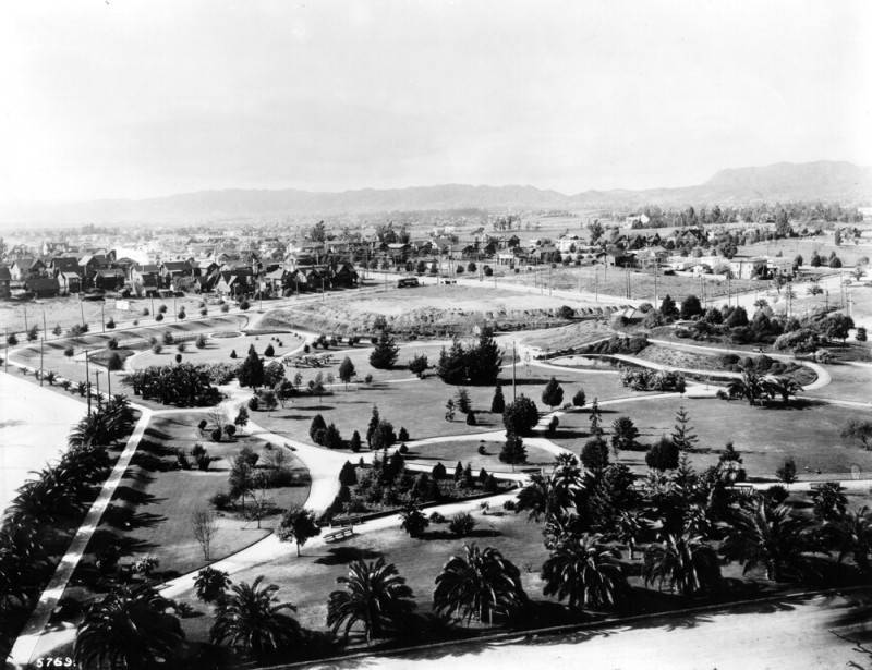An early view of Lafayette Park (circa 1913)