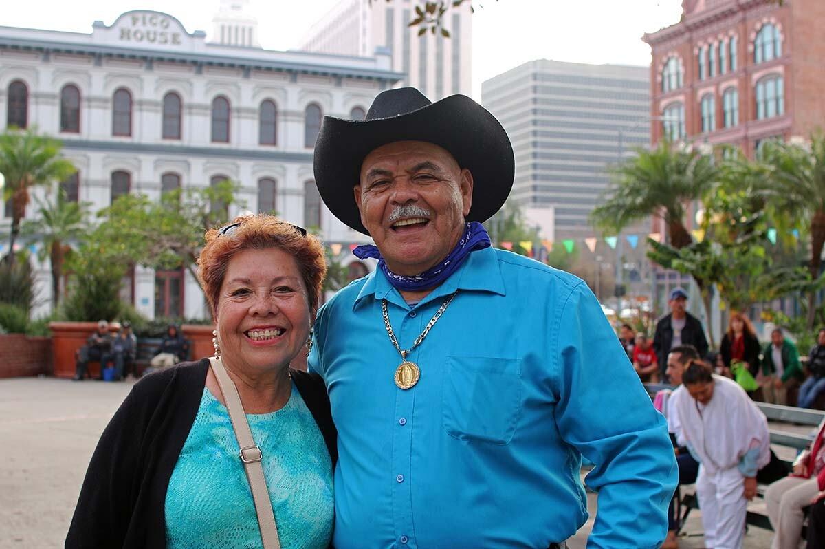 Maria Naranjo and Membreno   Samanta Helou Hernandez Olvera AB s9
