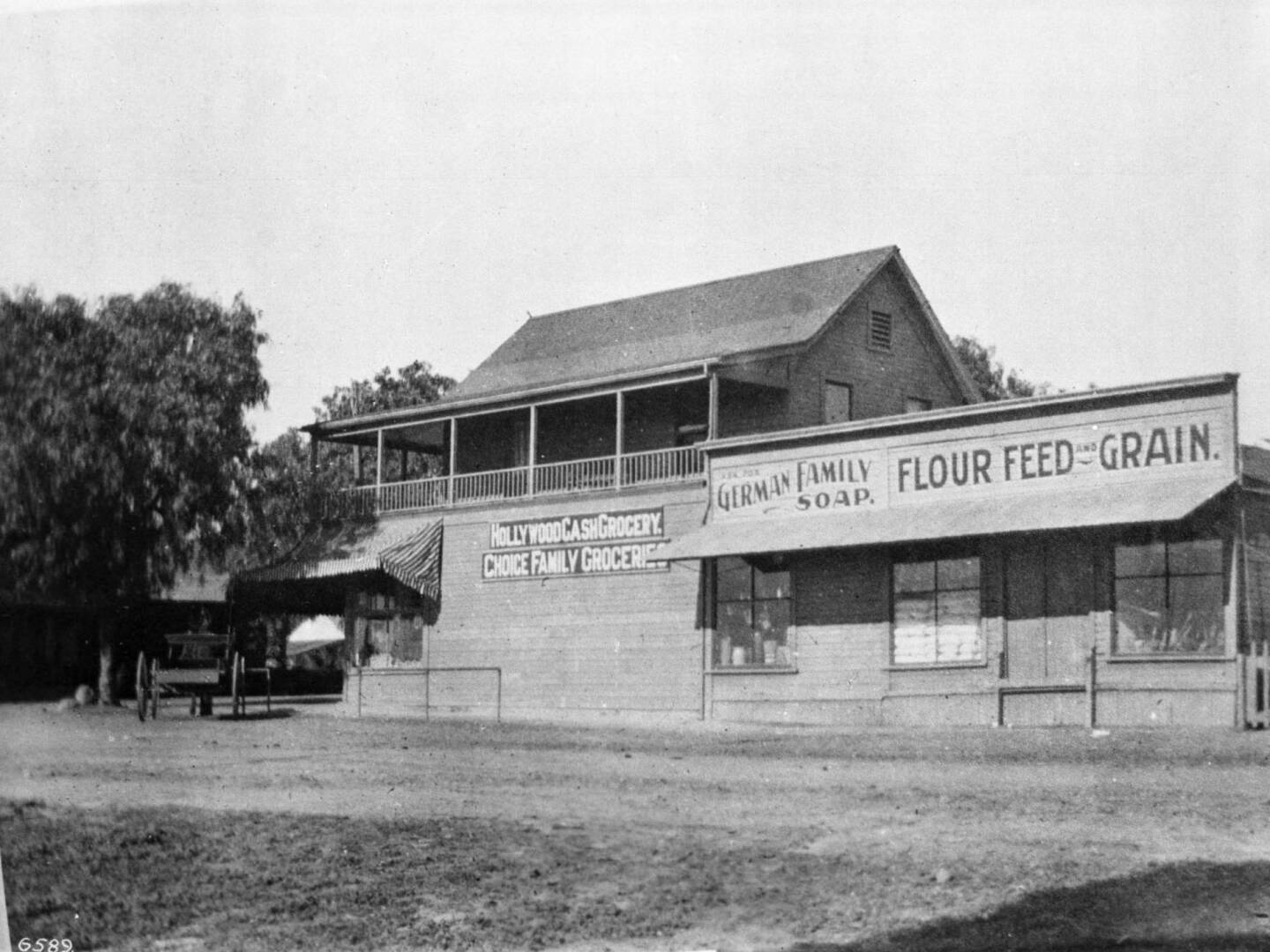 Hollywood Cash Grocery, the first grocery in Hollywood, on the northeast corner of Cahuenga Street and Sunset Boulevard