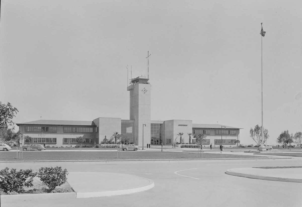 Roosevelt Naval Base | Maynard L. Parker, photographer. Courtesy of The Huntington Library, San Marino, California