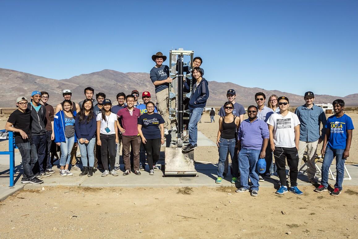 UCLA Rocket Project at FAR, Cantil, CA (2015). | Kim Stringfellow