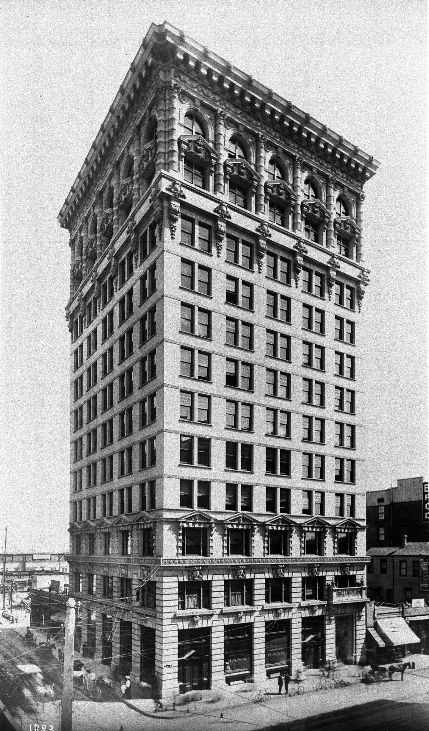 The Braly Block, shortly after its completion in 1904