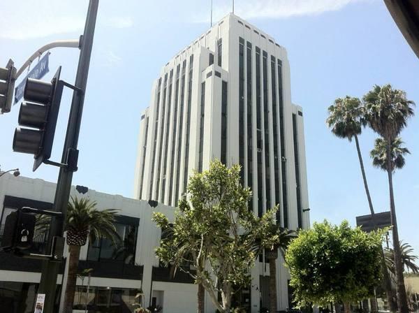 Wilshire-La Brea -- Dominguez-Wilshire Building (1930)