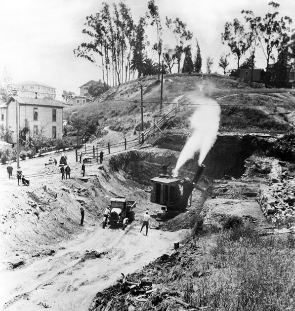 Construction of the western portal of the Pacific Electric subway tunnel at 1st and Glendale, circa 1926. Courtesy of the Title Insurance and Trust / C.C. Pierce Photography Collection, USC Libraries.