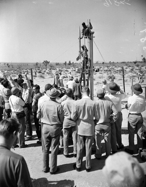 Pacific Rocket Society testing rockets in the Mojave Desert in 1951. | USC Digital Library.