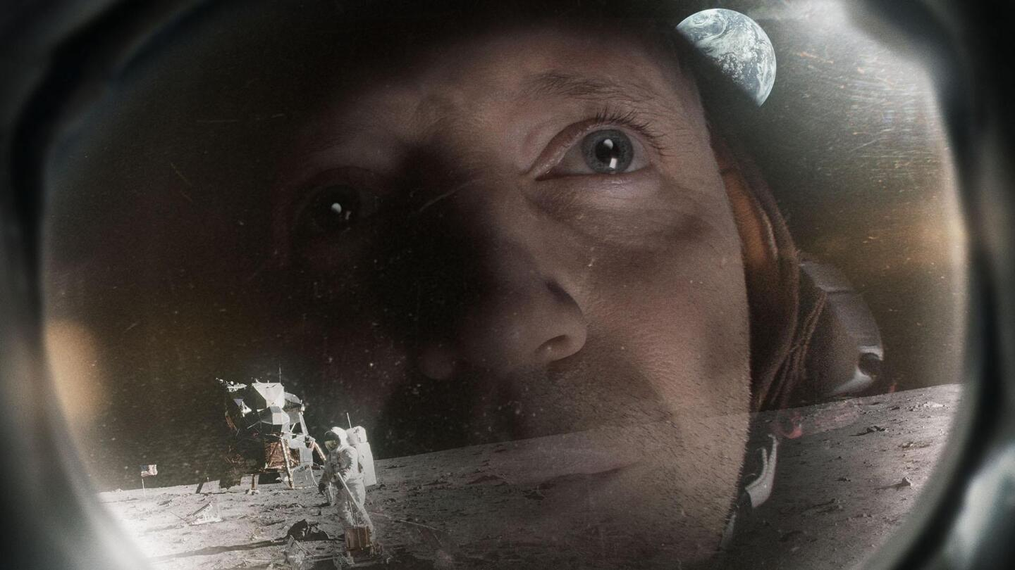 """Astronaut on the surface of the moon 