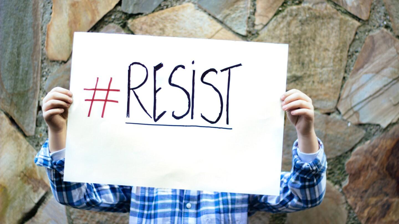 Resist   Istockphoto/ Asurobson
