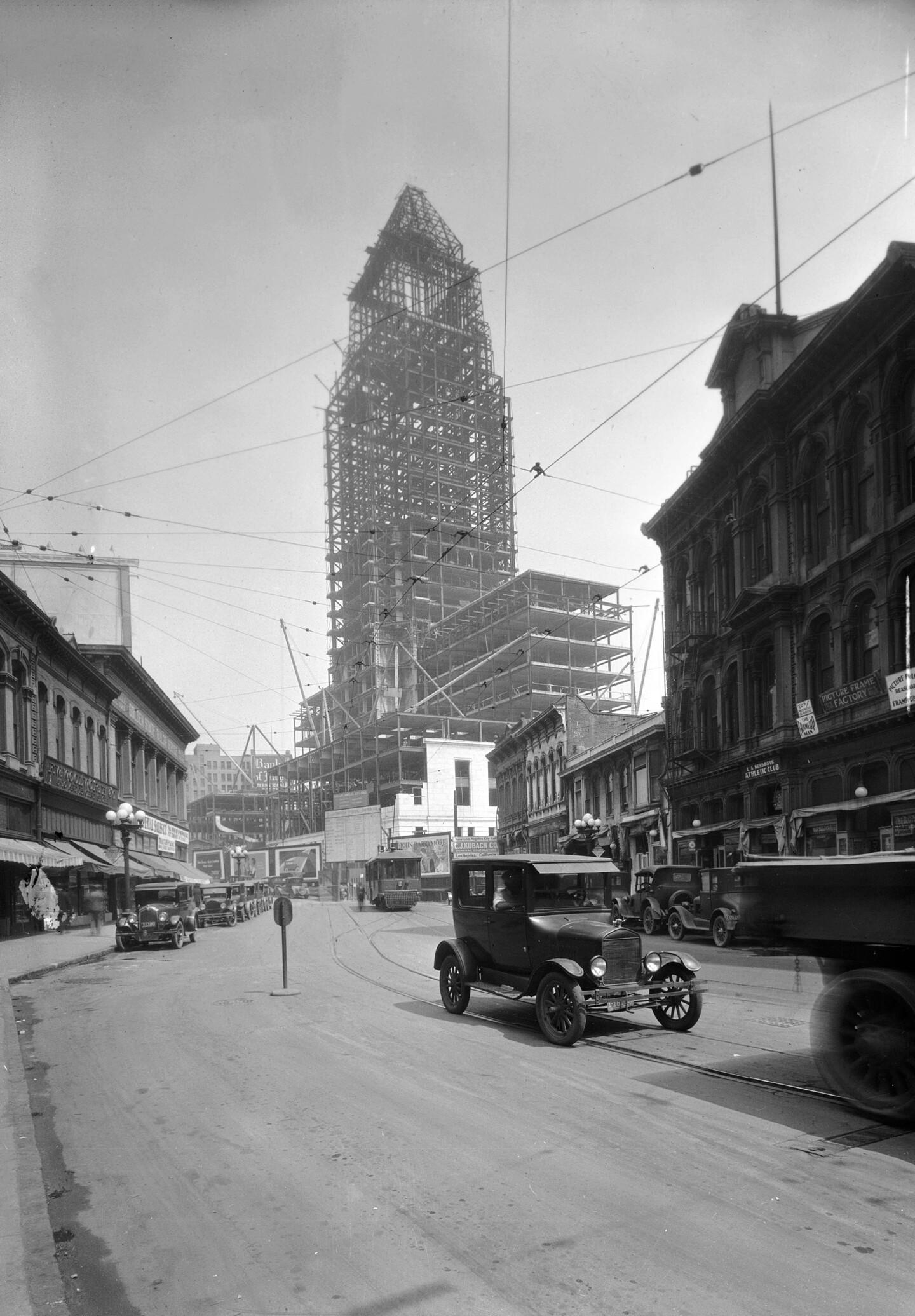 Los Angeles City Hall under construction, circa 1927