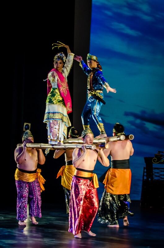 Kayamanan ng Lahi performs pangalay ha patong,a  dance characterized by two men carrying bamboo poles with dancers placed on top | Jorge Vismara