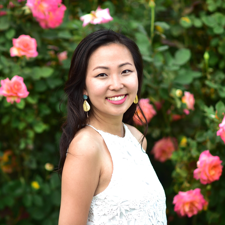 Linda Wang - Author Photo