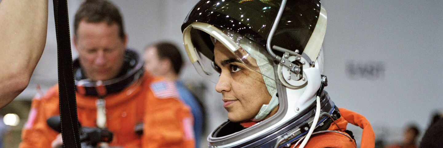 Astronaut Kalpana Chawla, STS-107 mission specialist, prepares to simulate a parachute drop into water during an emergency bailout training session in the Neutral Buoyancy Laboratory. | Flickr/NASA Johnson/Creative Commons