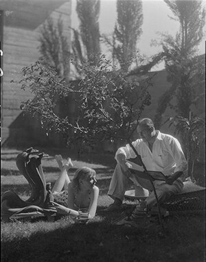 R. Lee Miller and Mrs. Jack Pfister in Palm Springs. | Adelbert Bartlett papers. Library Special Collections, Charles E. Young Research Library, UCLA.