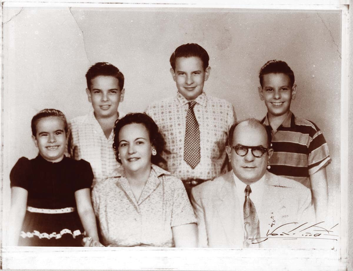 Gaviña family portrait in Cuba | Courtesy of Gaviña Coffee Company