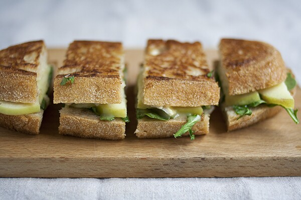 Grilled Brie Sandwiches with Arugula, Apple, and Honey