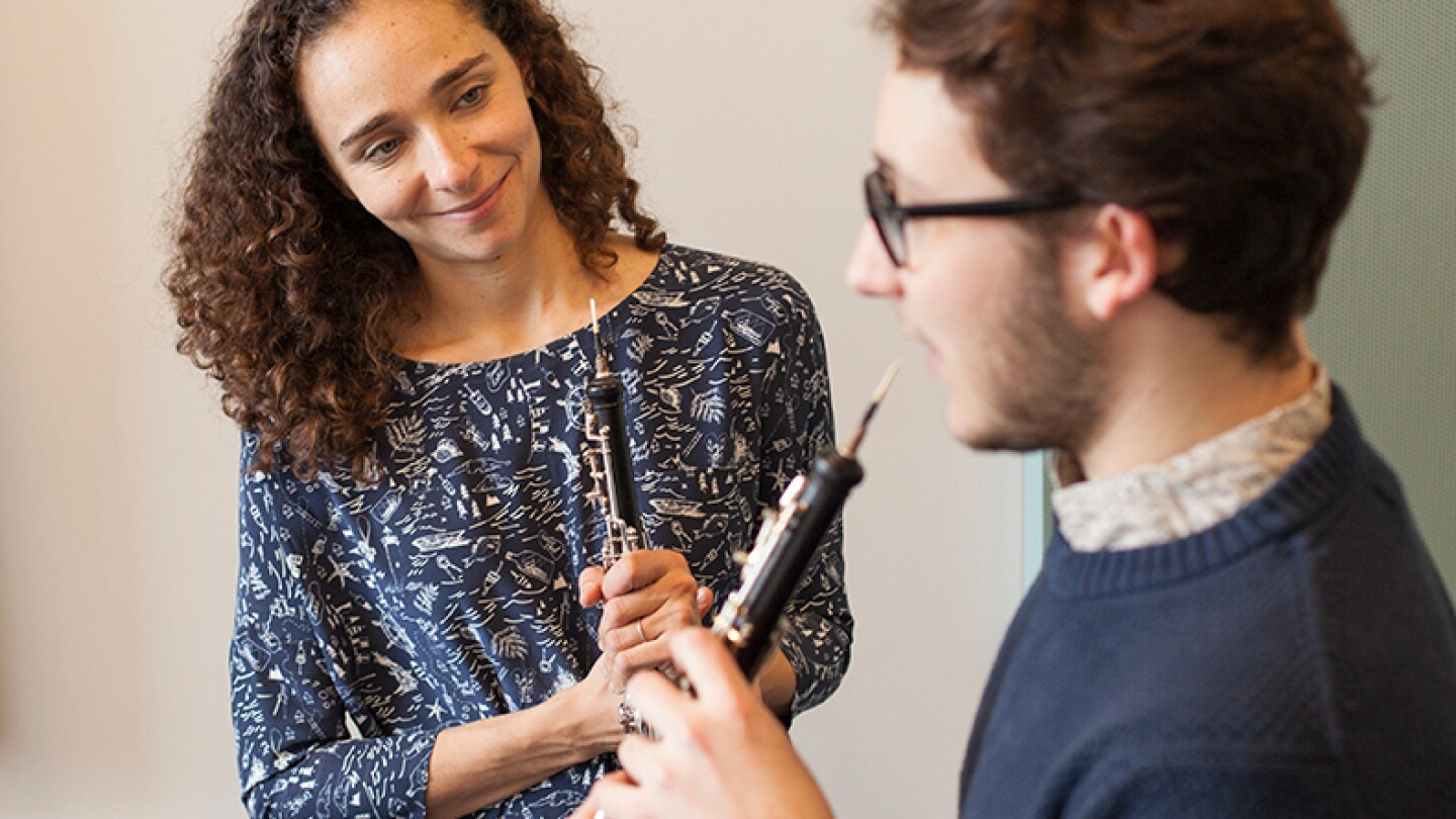 Music therapy to repair pathways in the brain (featured)