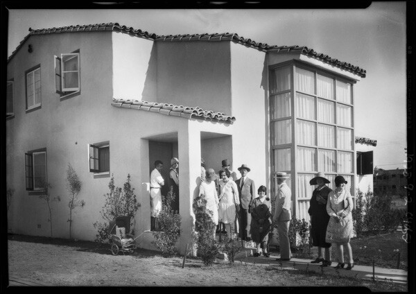 Crowd at the 'Small Homes Exhibit, 1928 | Dick Whittington Studio, Courtesy of the USC Digital Library