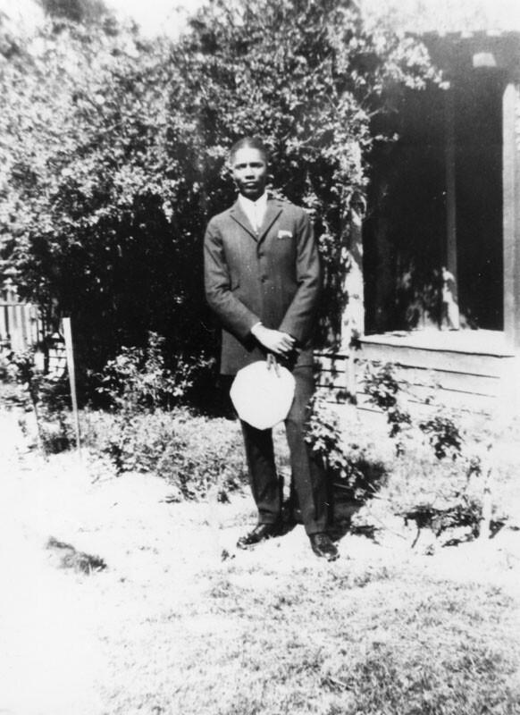 sam_browne_jazz_teacher_at_jefferson_1925.jpg