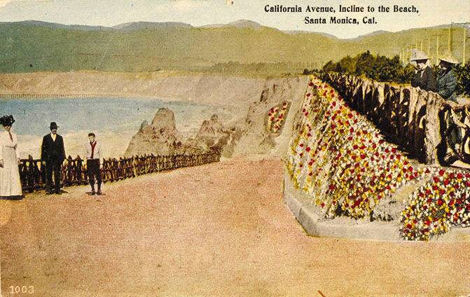 The newly reconstructed California Incline features generous space for pedestrians, who have used the ramp since its early days.