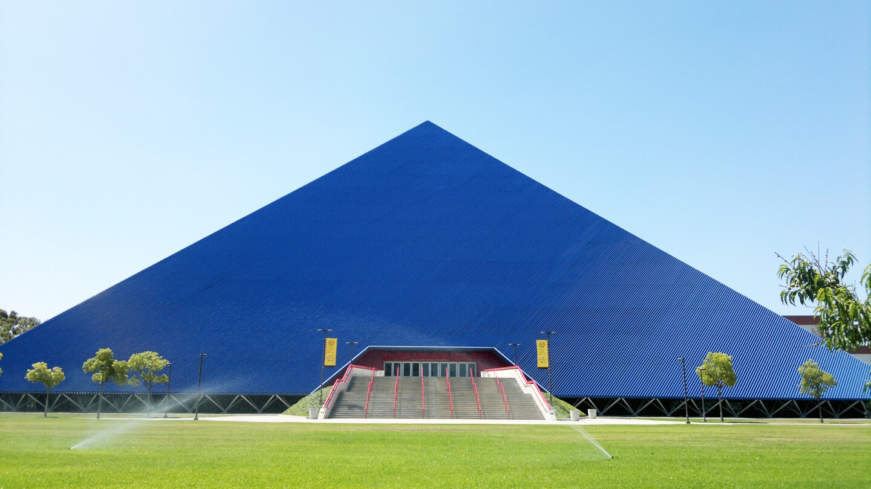 CSULB Pyramid Banner