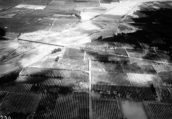 Aerial view of a flooded Santa Ana River in 1938. Courtesy of the California Historical Society Collection, USC Libraries.