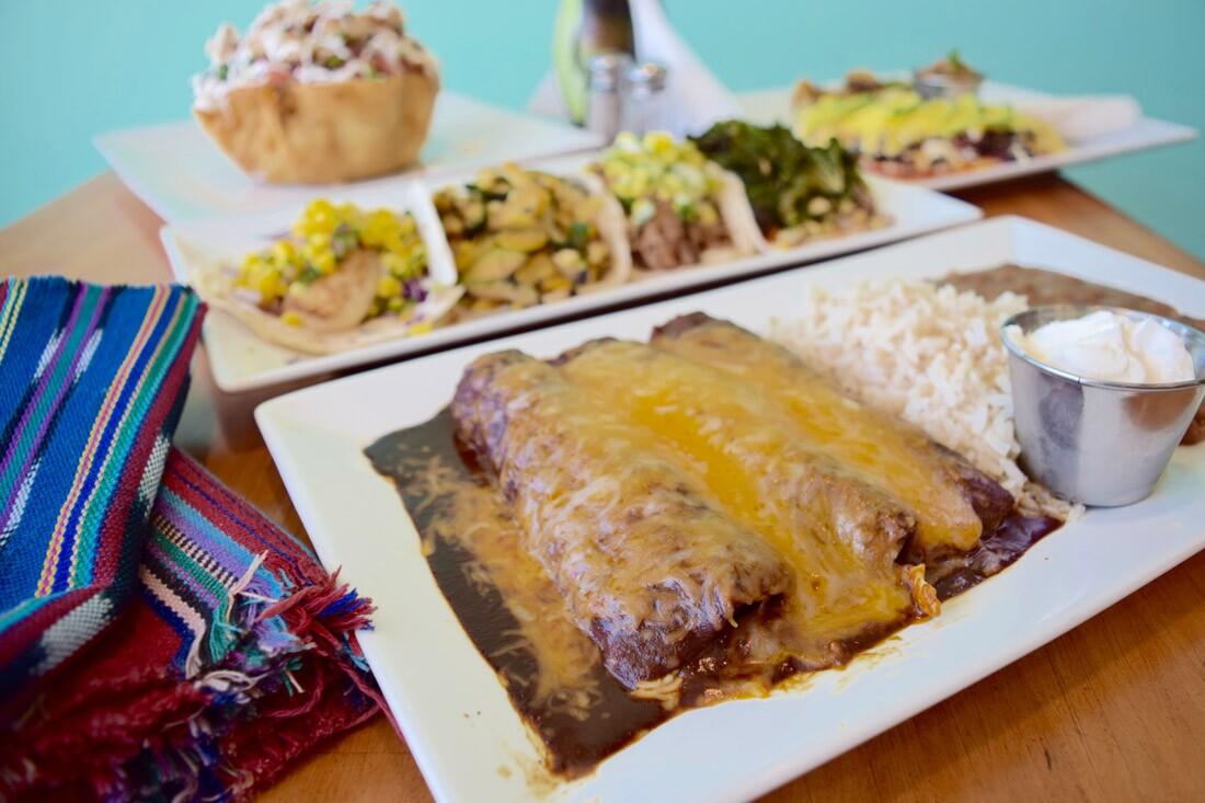 Enchiladas mole negro,Canela Cocina Latina|Danny Jensen