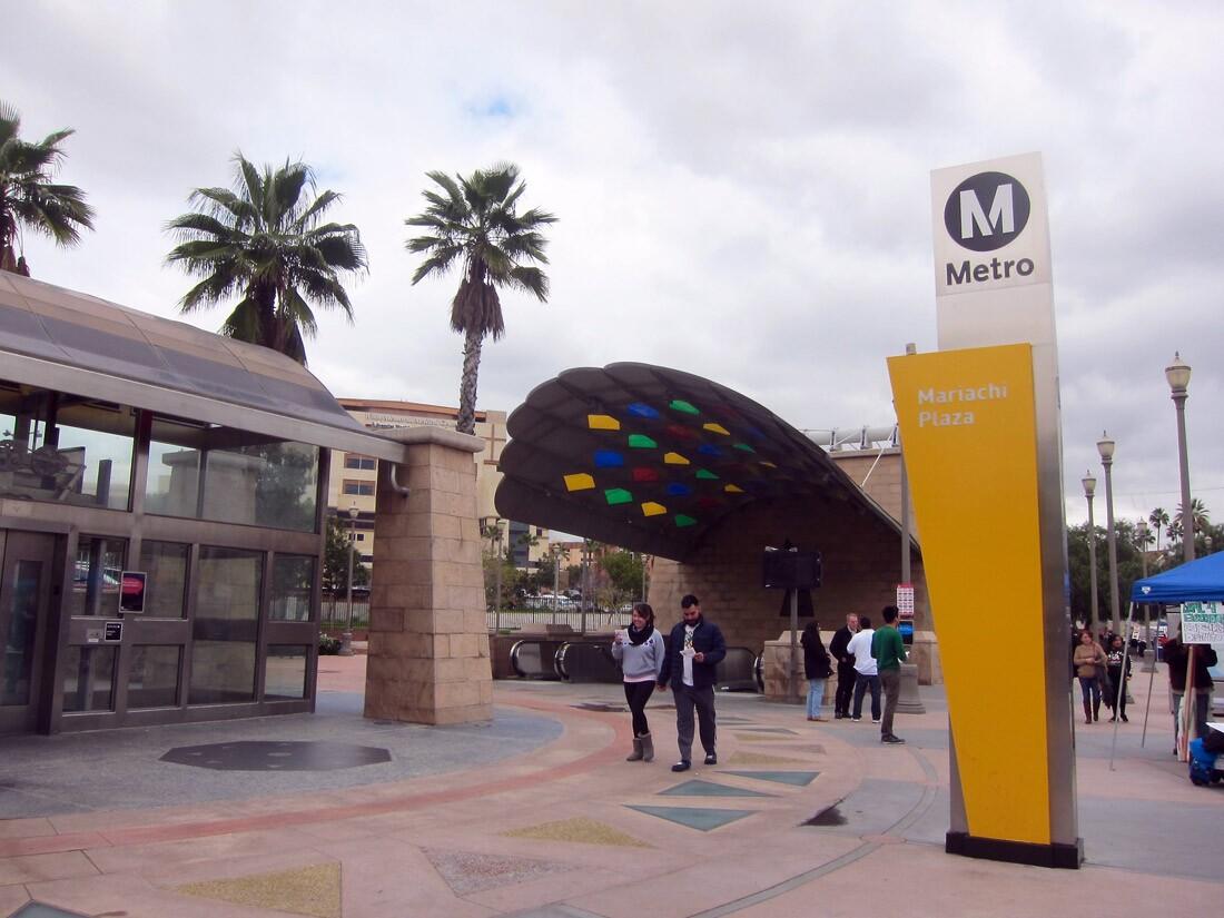 Mariachi Plaza Metro