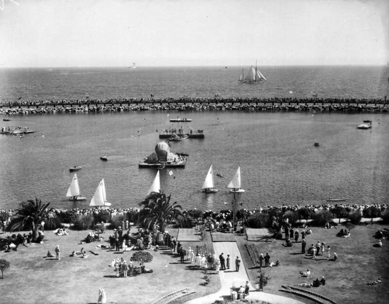 Rainbow Lagoon, enclosed by the pier's breakwater, was a popular place for boating and still-water swimming. Courtesy of the Photo Collection - Los Angeles Public Library.