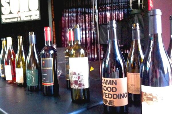 winehound-tasting-600-400