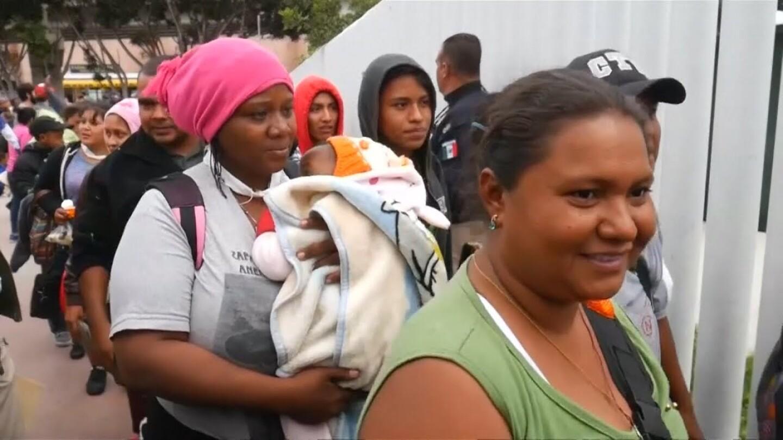 Migrant caravan in Tijuana. | Democracy Now
