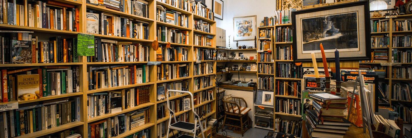 Interior of a bookstore. | Flickr/rob walsh/Creative Commons (Public Domain Mark 1.0)