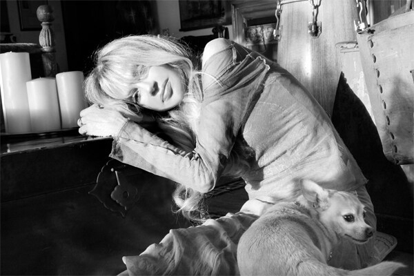 dyan-cannon-with-dog