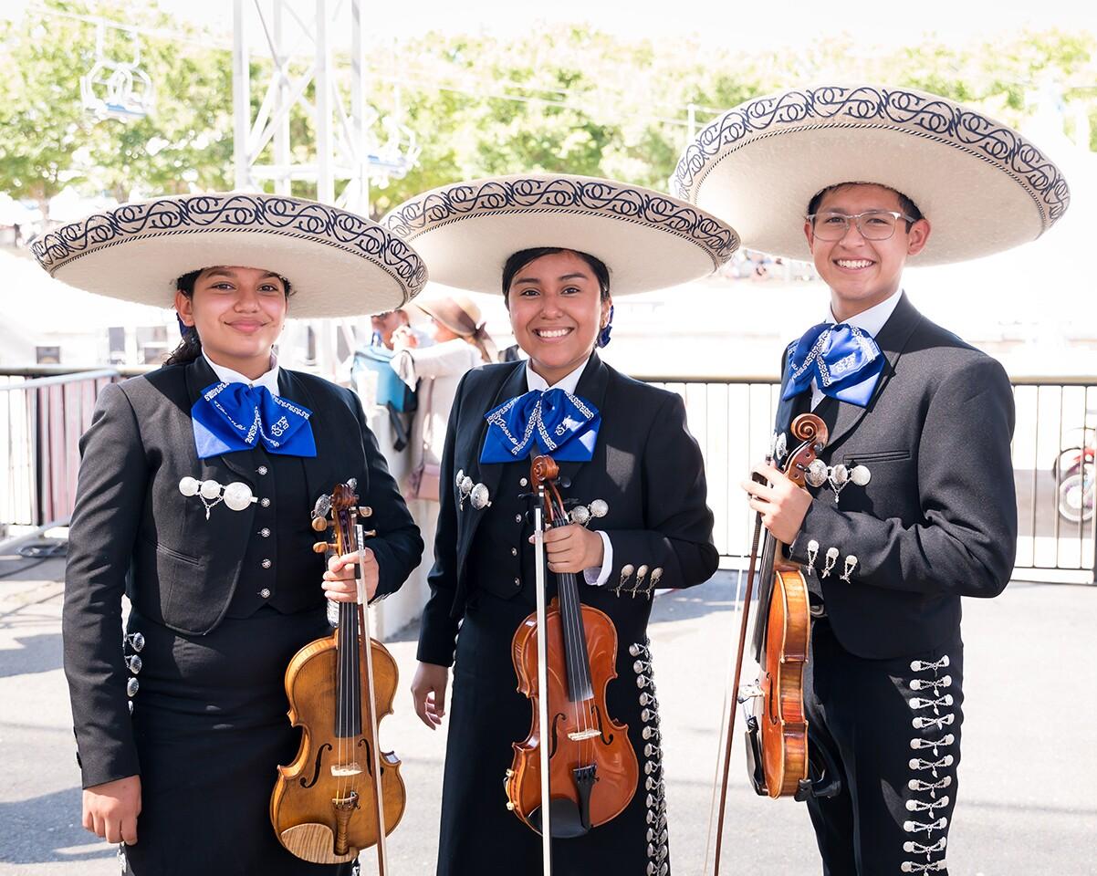 City of San Fernando Mariachi Master Apprentice Program | Frank Andrade