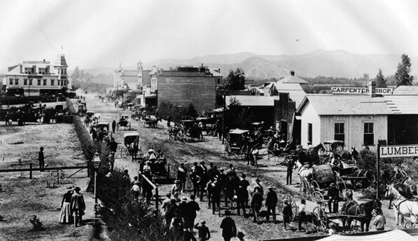 An 1880 view, looking west, of Colorado Boulevard in Pasadena. Courtesy of the Los Angeles Public Library.