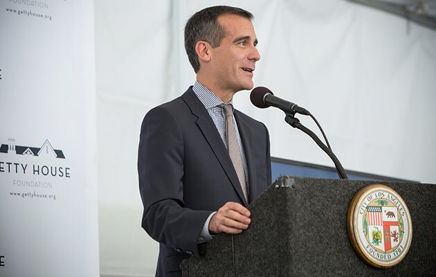 Mayor Eric Garcetti and the Office of Immigrant Affairs are gearing up for President Barack Obama's executive order on immigration tonight.