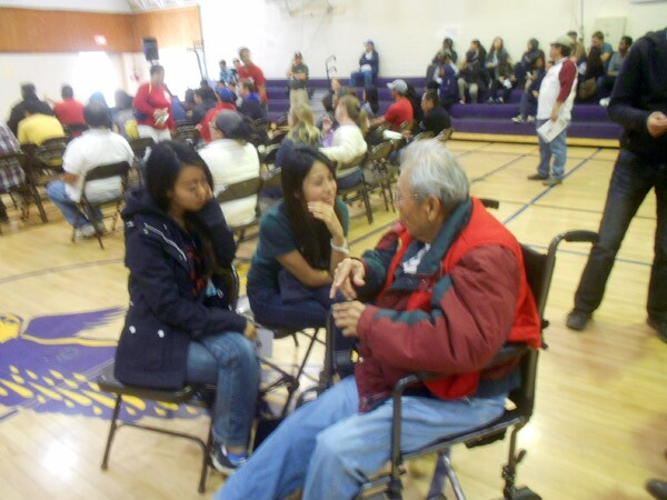 Former internee Arthur Ogami shares some of his Manzanar experiences with college students at the Manzanar At Dusk program in nearby Lone Pine.