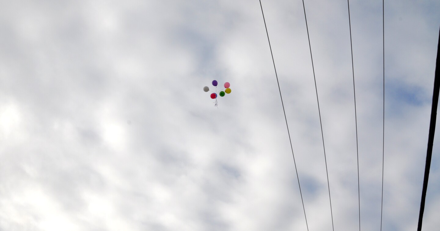 Kiera's family releases balloons into the sky to celebrate her newfound freedom | Gina Pollack
