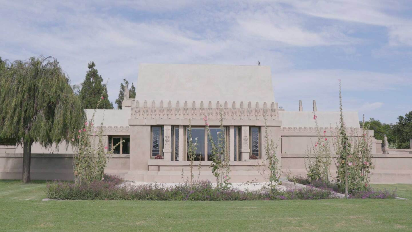 Hollyhock House | Still from FLW AB s9