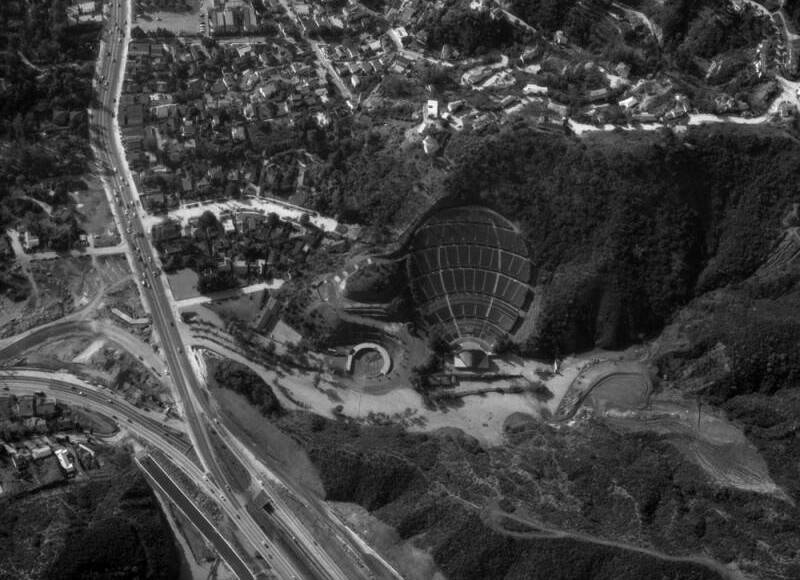 Closer view of the Hollywood Bowl and vicinity