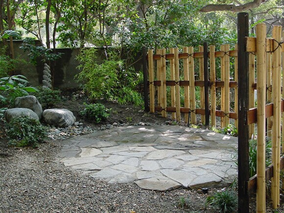 Dry landscape element designed in a Monrovia garden by TUA Inc. architects at Vidor Residence, Monrovia, CA. 2002. | Photo: Courtesy of TUA Inc.