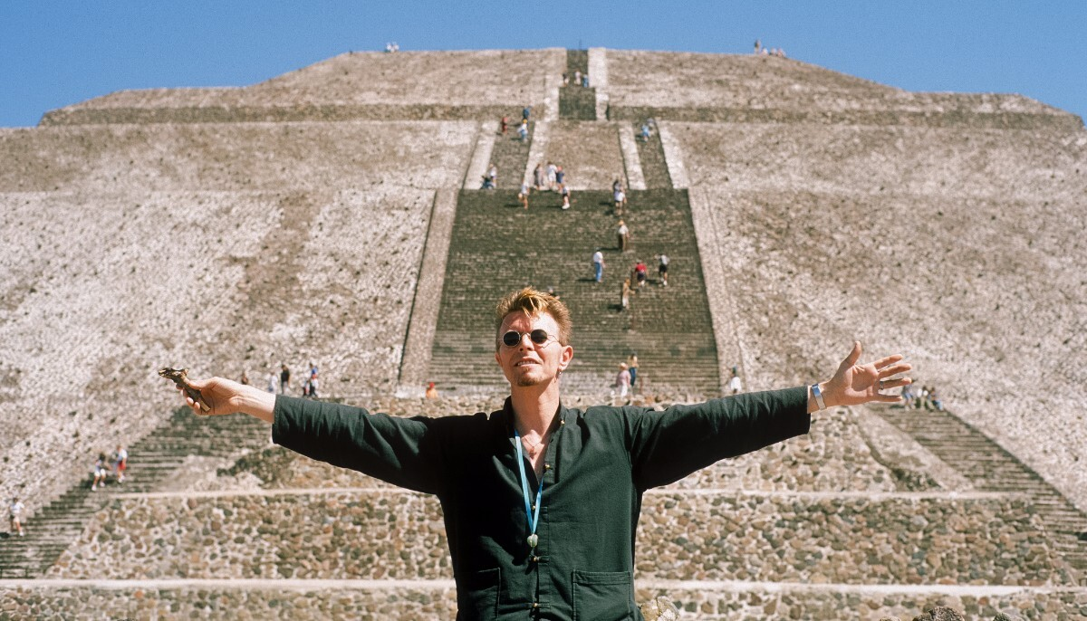 """""""Greeting Tonatiuh (Aztec God of the Sun) 2,"""" Pyramid of the Sun, Teotihuacan, State of Mexico, 1997.   Fernando Aceves, 2007"""