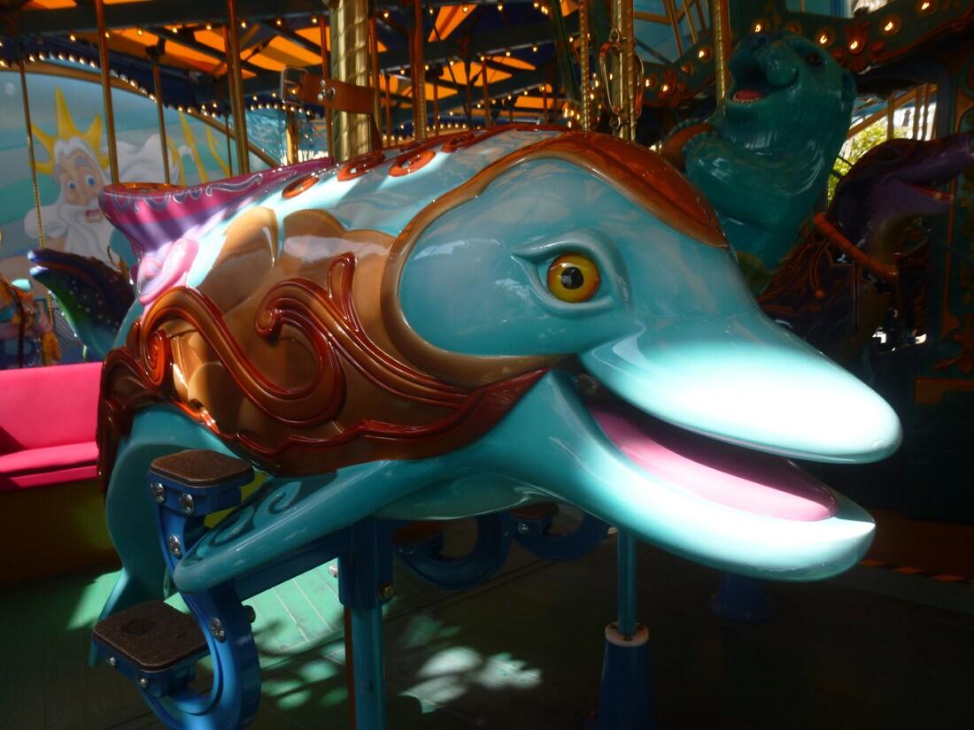 Disneyland California Adventure King Triton's Carousel of the Sea (2)
