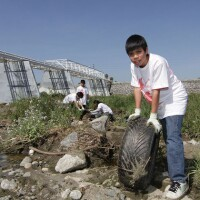 FOLAR_Cleanup_4-28-12_Willow_Estuary2.jpg