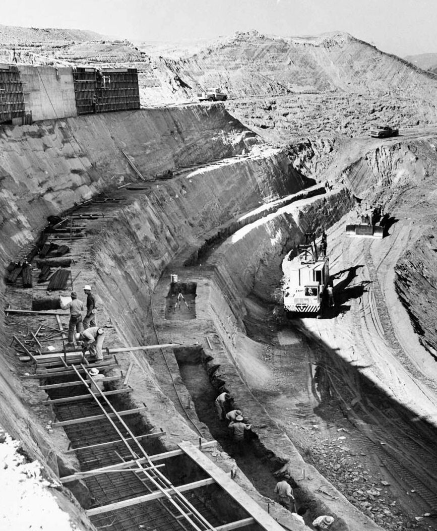 Dodger Stadium under construction on November 17, 1960. Courtesy of the USC Libraries - Los Angeles Examiner Collection.