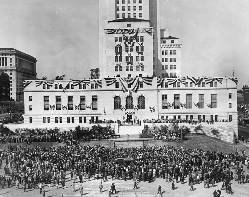 A view of the dedication ceremony for the Los Angeles City Hall in 1928