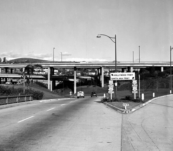 A partially-opened Four Level Interchange in 1952. Courtesy of the Automobile Club of Southern California.