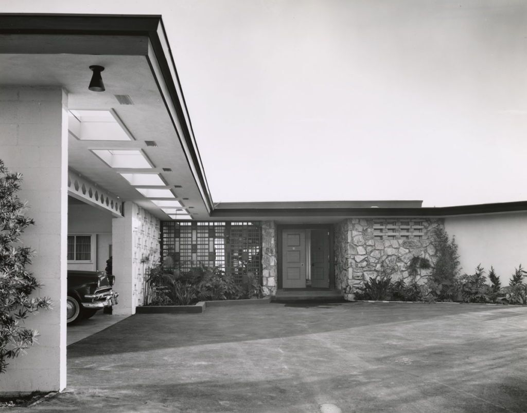 Exterior of the Frank Sinatra Residence by Paul R. Williams | Mott-Merge Collection, California State Library