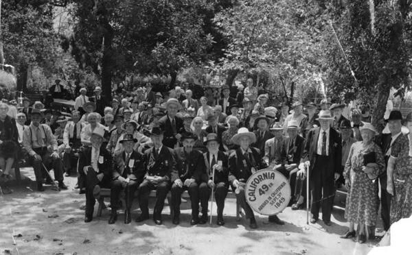 'Southern California folks, 70 years of age and up, are shown today at their annual picnic in Sycamore Grove Park' September 2, 1939 | Herald-Examiner Collection, Los Angeles Public Library