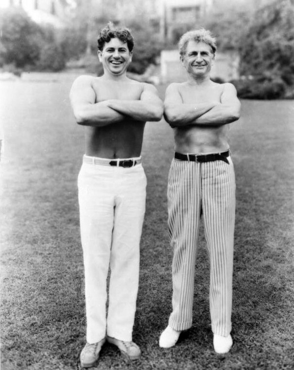 Bragg with friend and fitness legend Bernarr Macfadden in 1936. Courtesy of the USC Libraries - Dick Whittington Photography Collection.