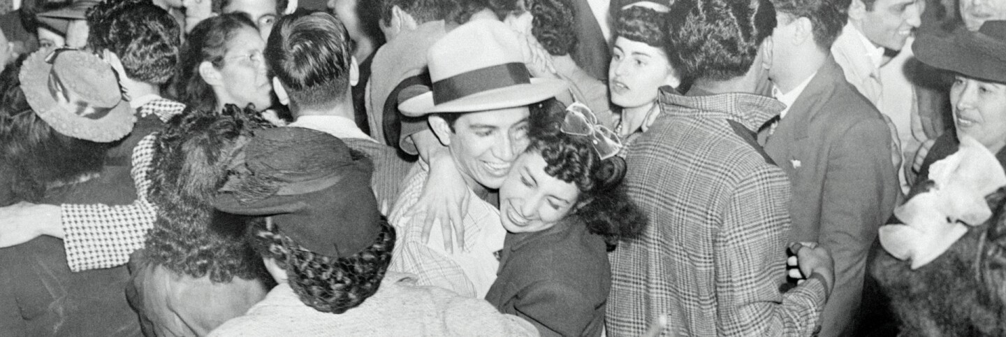 Zoot Suit rioters acquitted, 1944 (primary)